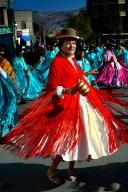 Cholita aan het dansen