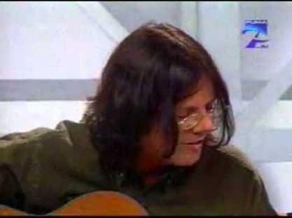 Alejandro-Garcia-Virulo-amor-a-primer-añejo-spaanstalige-liedjes-cabaret-liedjes-vertaald-Spaans-leren-met-liedjes